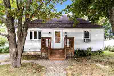 Hampton Single Family Home Active Under Contract: 6 Newman Street