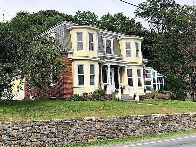 Hartford Single Family Home For Sale: 1931 Quechee Main Street