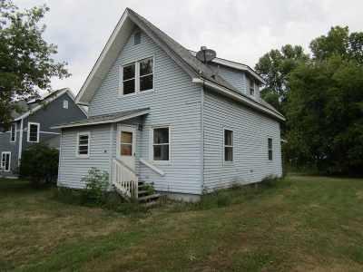 Alburgh Single Family Home For Sale: 5 Milk Street