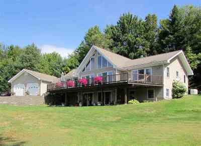 Orleans County Single Family Home For Sale: 567 Seymour East Road