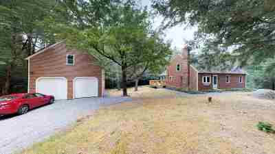 New Boston Single Family Home For Sale: 2 Shelley Lane