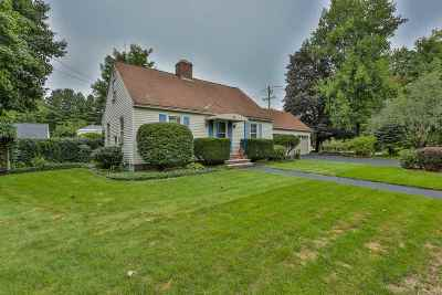 Bedford Single Family Home Active Under Contract: 6 Meetinghouse Terrace