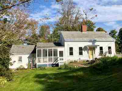 New Boston Single Family Home For Sale: 3 Molly Stark Lane