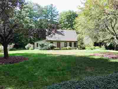 Brentwood Single Family Home For Sale: 11 Bartlett Road