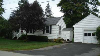 East Kingston Single Family Home For Sale: 13 Andrews Lane