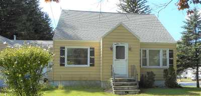Manchester Single Family Home For Sale: 111 Huse Road