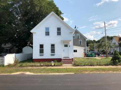 Rochester Single Family Home For Sale: 13 Court Street