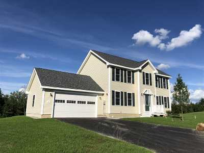 Tilton Single Family Home For Sale: 8 Rolling Hills Drive