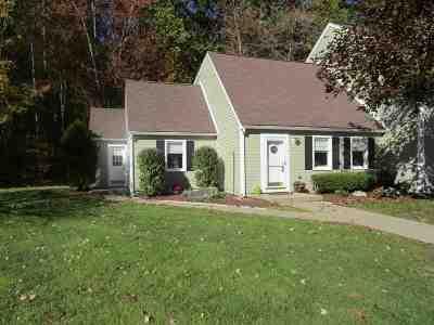 Merrimack Condo/Townhouse For Sale: 2 Chestnut Circle