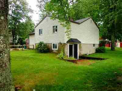Kingston Single Family Home For Sale: 20 Maple Street