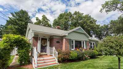 Manchester Single Family Home For Sale: 133 Harriman Street