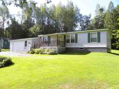 Orleans County Single Family Home For Sale: 1825 Roaring Brook Road