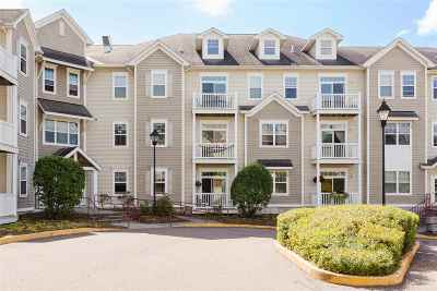 Chittenden County Condo/Townhouse For Sale: 61 Pearl Street #1