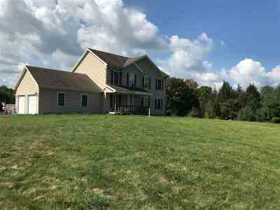 Bakersfield VT Single Family Home For Sale: $270,000