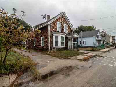 Strafford County Single Family Home For Sale: 15 Lafayette Street