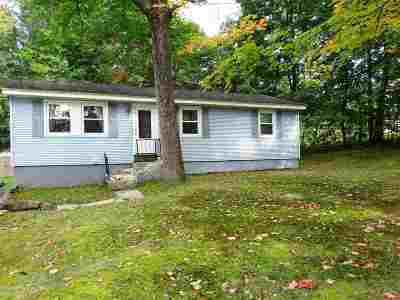 Hooksett Single Family Home For Sale: 58 Main Street