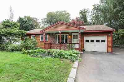 Single Family Home For Sale: 3 Blake Lane