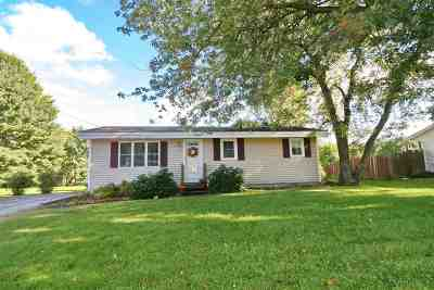 Dover Single Family Home For Sale: 21 Morningside Drive