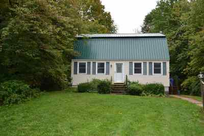 Derry Single Family Home Active Under Contract: 31 Pingree Hill Road