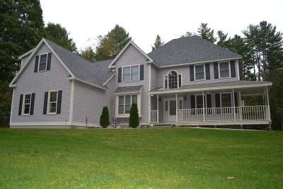 Bedford Single Family Home For Sale: 22 Middleton Drive