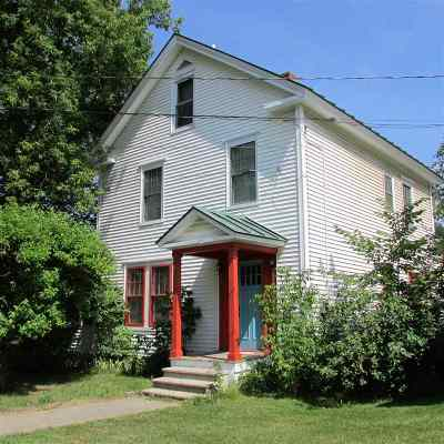 Lyndon Single Family Home For Sale: 35 Middle Street