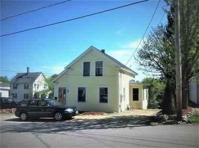 Strafford County Single Family Home For Sale: 4 Reservoir Street