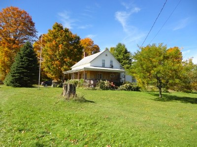 Enosburg VT Single Family Home For Sale: $169,000