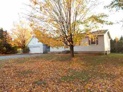 Chittenden County Single Family Home For Sale: 13 Russell Circle
