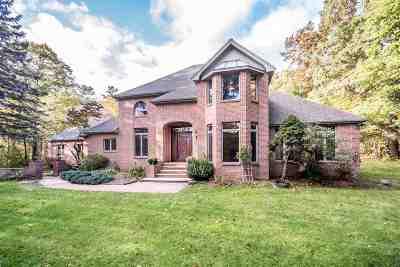 Salem Single Family Home For Sale: 3 Tilton Terrace