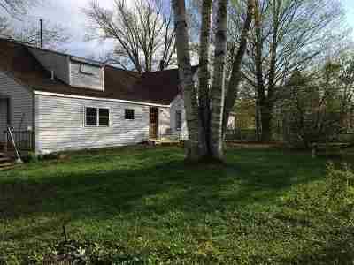 Hillsborough Single Family Home For Sale: 80 Bridge Street