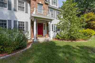 Brentwood Single Family Home For Sale: 39 Northrup Drive