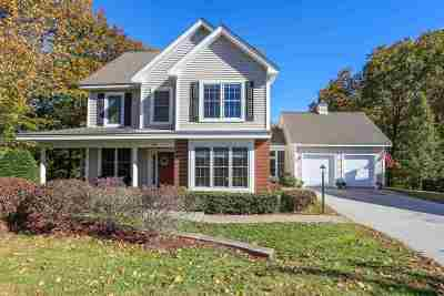 Manchester Single Family Home For Sale: 35 Acorn Circle