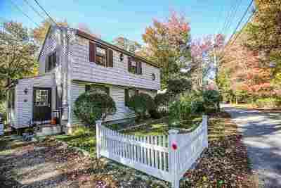 Single Family Home For Sale: 8 Robin Lane