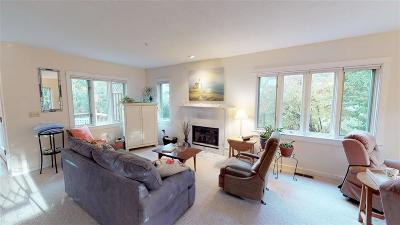 Dover Single Family Home For Sale: 25 Clearwater Drive