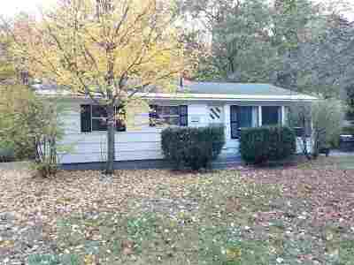 Concord Single Family Home For Sale: 182 Airport Road