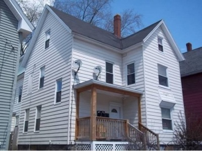 Manchester Multi Family Home For Sale: 26 Welch Avenue