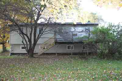 Cambridge Single Family Home For Sale: 14 Curran N Drive