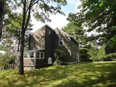 Haverhill NH Single Family Home For Sale: $139,900