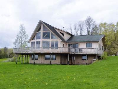 Orleans County Single Family Home For Sale: 1207 Lake Region Road