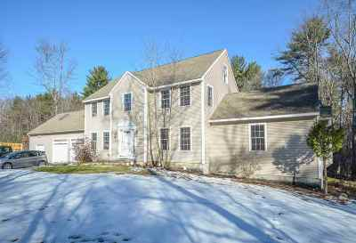Lee Single Family Home For Sale: 151 Wednesday Hill Road