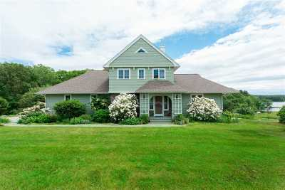 Kittery Single Family Home For Sale: 11 Hartley Farm Lane