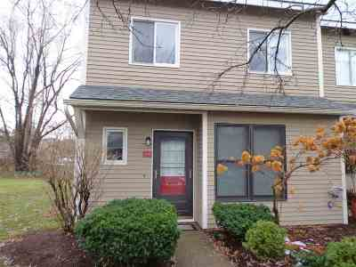 South Burlington Condo/Townhouse Active Under Contract: K16 Stonehedge Drive