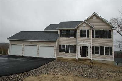 Hooksett Single Family Home For Sale: 31 Brookview Drive