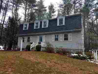 Belknap County, Carroll County, Cheshire County, Coos County, Grafton County, Hillsborough County, Merrimack County, Rockingham County, Strafford County, Sullivan County Single Family Home For Sale: 15 Ffrost Drive