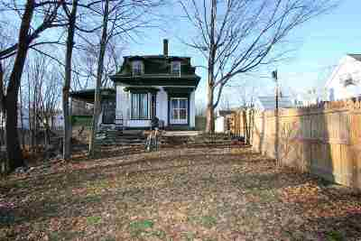 Strafford County Single Family Home For Sale: 11 Mooney Street