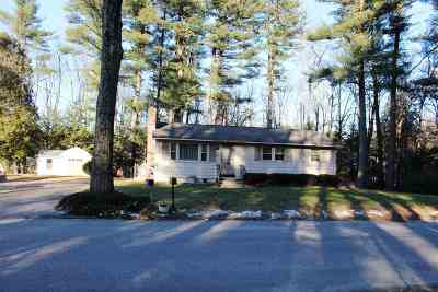 Merrimack Single Family Home Active Under Contract: 4 Souhegan Drive