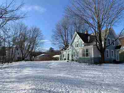 Plymouth Single Family Home For Sale: 17 Pleasant Street