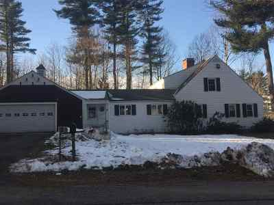 Strafford County Single Family Home For Sale: 1 Dartmouth Lane