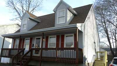 Manchester Single Family Home For Sale: 287 Taylor Street