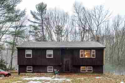 Strafford County Single Family Home For Sale: 14 Caldwell Lane